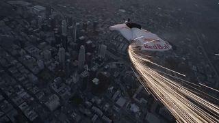 Лос-Анджелес: шоу в честь суперлуны
