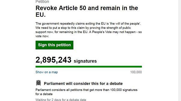Brexit, la petizione per restare nella Ue vola verso 3 milioni di firme