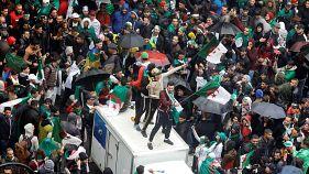 Un mes de protestas en Argelia con miles de personas en las calles
