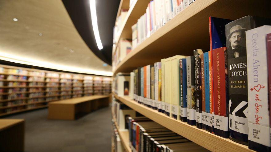 Üniversite öğrencilerinin en çok ödünç aldığı kitap: Kürk Mantolu Madonna