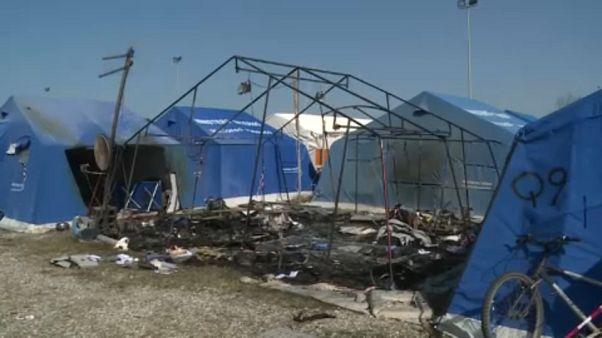 Halálos tűz egy olasz sátortáborban