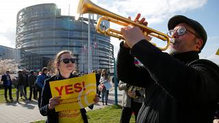 Watch again: MEPs back controversial copyright reform