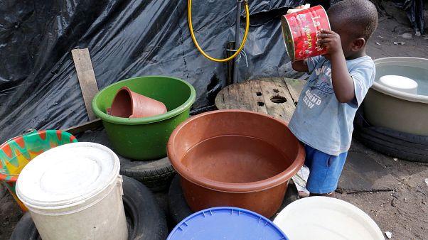 Savaş bölgelerinde çocukların kirli sudan ölme riski, şiddet olaylarından üç kat daha fazla