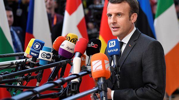 Macron szerint semmi sem változott a Fidesz felfüggesztésével