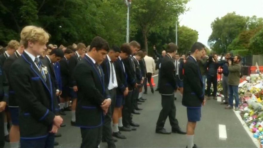 گلچین ویدئوهای بدون شرح هفته؛ حملات تروریستی از هلند تا نیوزیلند