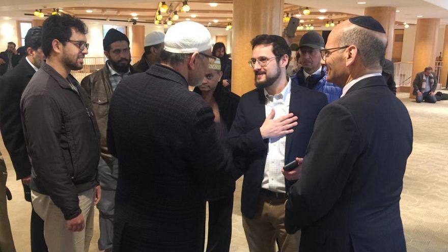 New York'ta bir sinagog, cuma namazı için kapılarını Müslümanlara açtı