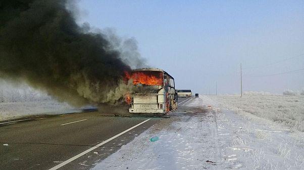 Çin'de tur otobüsü yandı: En az 26 ölü, 30 yaralı