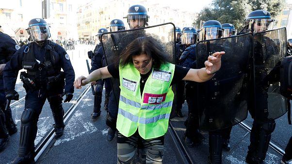 Paris'in sert Sarı Yelekliler önlemi Anayasa Mahkemesi'nden döndü