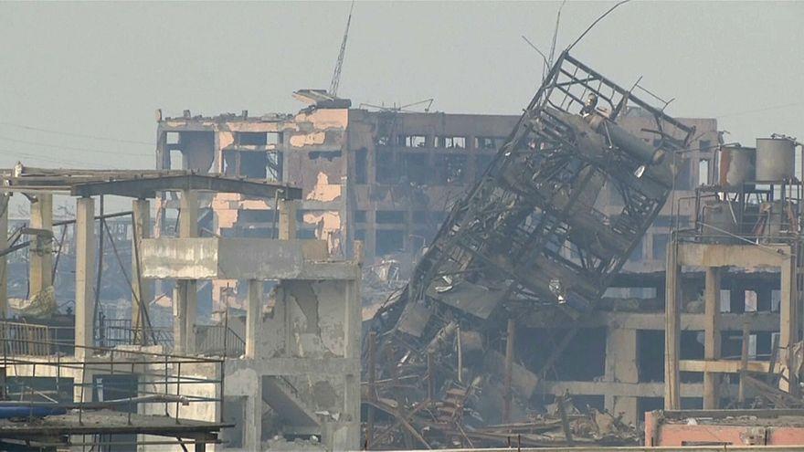 شاهد: آثار انفجار وحريق في مصنع مبيدات حشرية في الصين