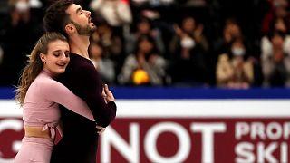 Dupla francesa conquista quarto título mundial em patinagem artística