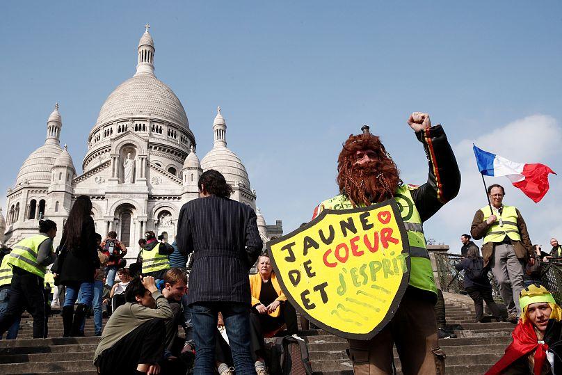 Tensions lors des manifestations des 'Gilets jaunes'
