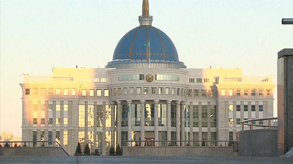 كازاخستان تغير اسم عاصمتها للمرة الرابعة خلال 60 عاماً تكريماً لزعيمها المتنحي
