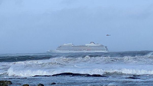 Óceánjárót mentenek Norvégiánál