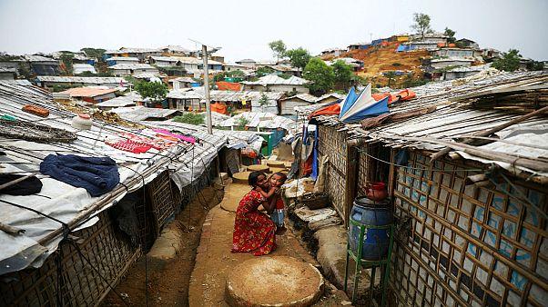 أطفال من اللاجئين الروهينغا في مخيم للاجئين