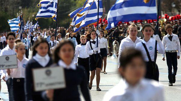 Μαθητική παρέλαση στην Αθήνα για την 25η Μαρτίου