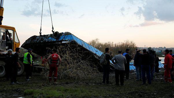 حادثه مرگبار واژگونی قایق در موصل؛ استاندار نینوا برکنار شد