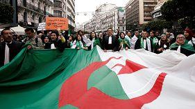 Abdelaziz Bouteflika: Algeria's army chief withdraws support for under-fire president