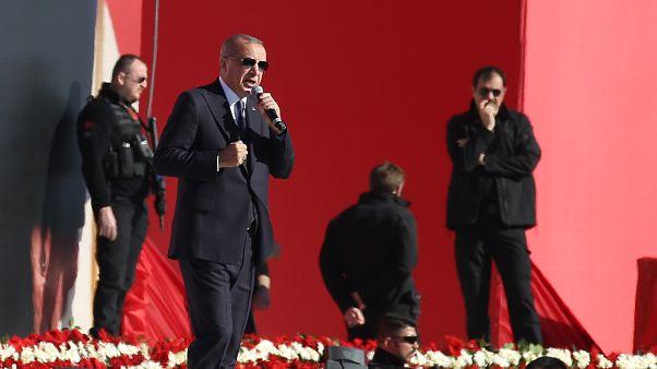 Erdoğan: Dövizi tırmandırmaya çalışanların kimlikleri belli, bedelini ağır ödeyecekler