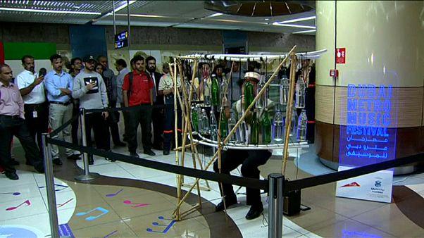 Dubai: Festival lässt Musiker in U-Bahnhöfen spielen