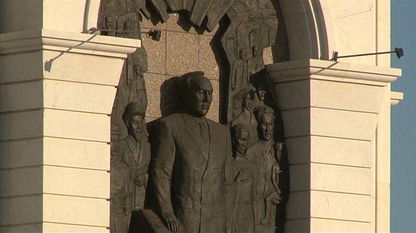 لماذا فرض اسم الزعيم الشيوعي الذي حكم كازاخستان ثلاثة عقود على العاصمة؟