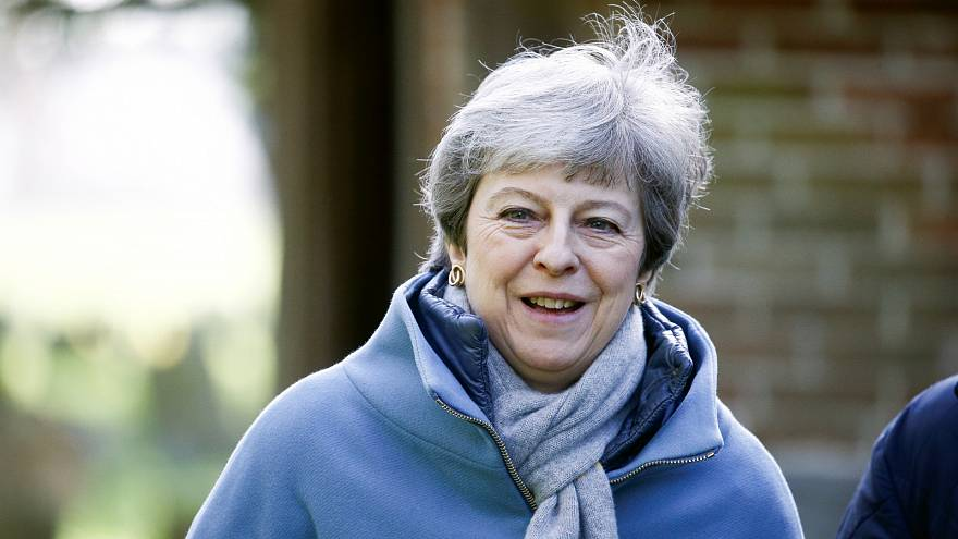 تلفزيون: ماي تبلغ مؤيدي بريكست أنها ستستقيل إذا صوتوا لصالح خطتها للخروج