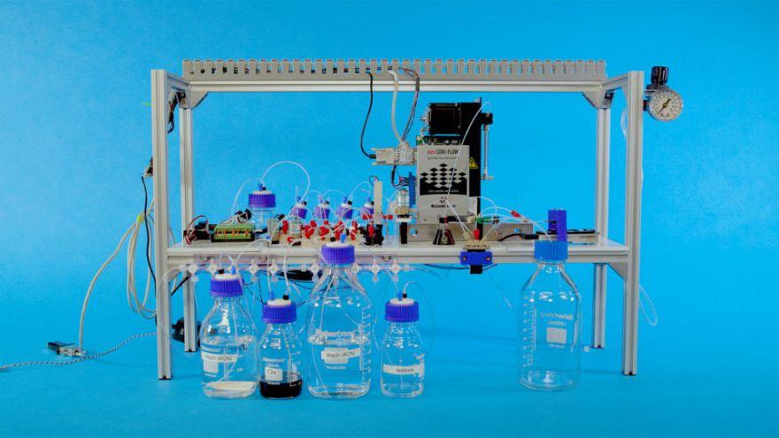 DNA'yı sabit disk gibi kullanabilen ilk kapalı devre sistem oluşturuldu