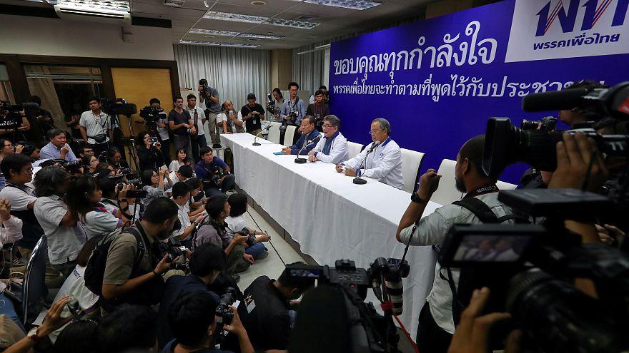 Ταϊλάνδη: Μάχη για την εξουσία