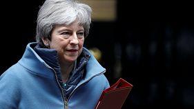 Theresa May, à la sortie du 10 Downing Street le 25 mars.