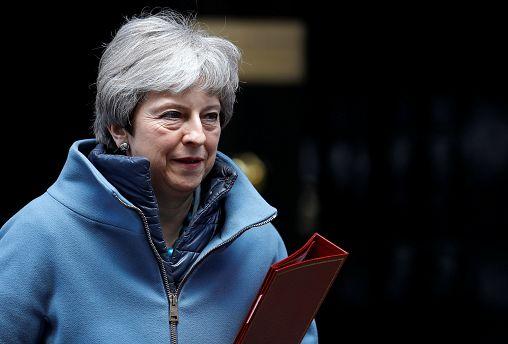 Theresa May a la deriva y sin apoyos suficientes para el Brexit