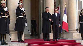 Tapis rouge à Paris pour le président chinois Xi Xinping