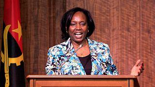 Ministra da Saúde de Angola durante a conferência de imprensa