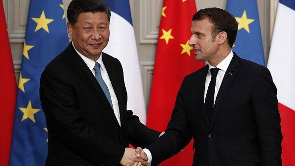 Presidente chinês assina acordos comerciais com Macron