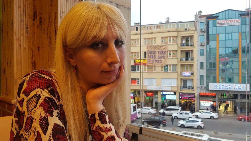 Mobbing sonrası işten atılarak seks işçiliğine sürüklenen trans kadın yaşadıklarını anlattı
