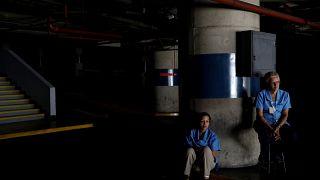 Venezuela haftalar sonra tekrar karanlığa gömüldü
