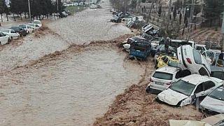 Al menos 18 muertos y cerca de 100  heridos en inundaciones en Irán