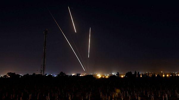 تکذیب آتشبس؛ اسرائیل حملات علیه حماس را تشدید میکند
