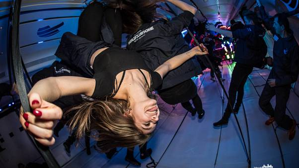 Airbus A310 ile yerçekimsiz ortamda disko partisi