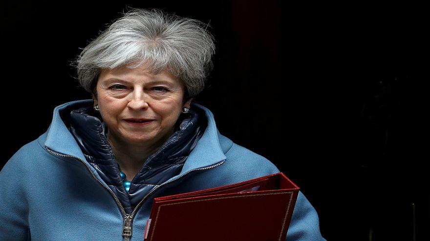 """مجلس العموم يقترع على بدائل لاتفاق """"بريكست"""" وماي قد تواجه تصويتاً بحجب الثقة"""