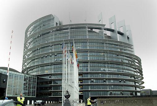 Mit 348 zu 274: EU Parlament billigt umstrittene Copyright-Reform