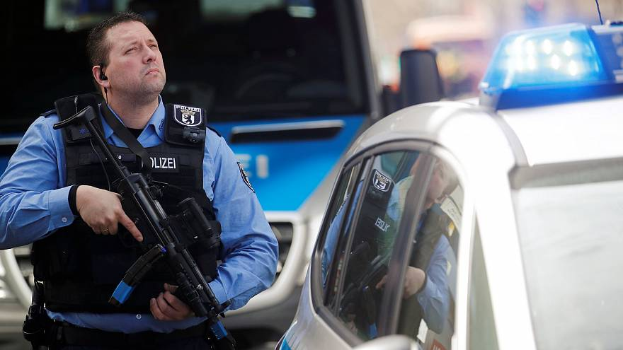 Γερμανία: Εκκένωση δημαρχείων μετά από απειλές για βόμβες