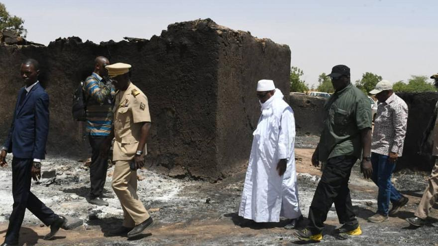 Mali: Presidente promete restabelecer a segurança após massacre