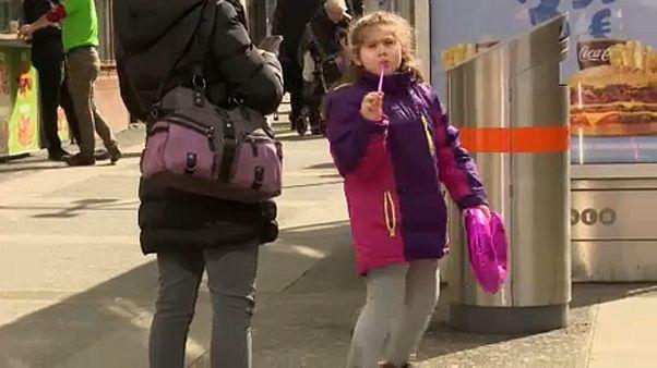 Ausztria nem enged: kevesebb pótlék jár a külföldön élő gyerekeknek