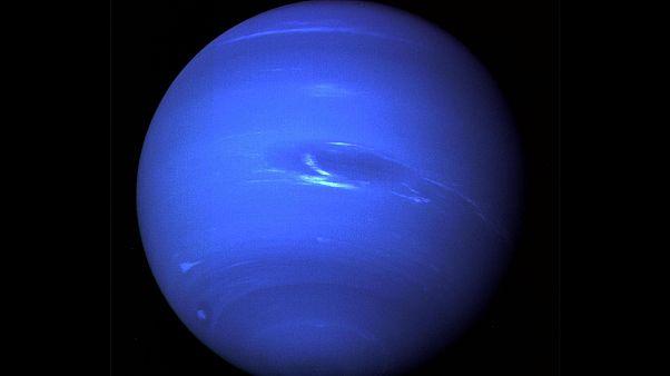 Hubble zeigt Riesensturm auf Neptun mit 11.000 km Durchmesser