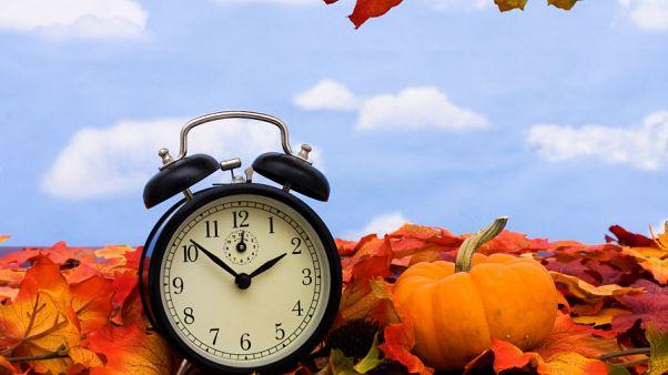 Avrupa Parlamentosu'ndan 2021'den itibaren 'tek saate' geçilmesi için onay
