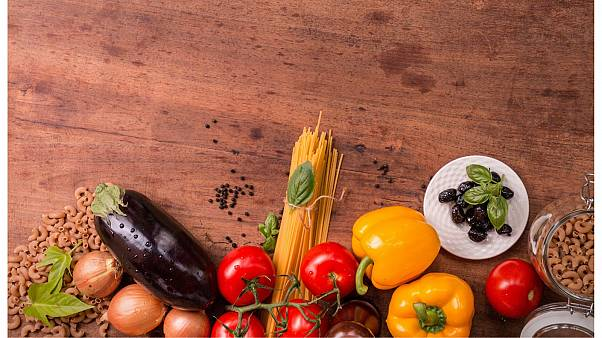 What can artificial intelligence do about our food waste?