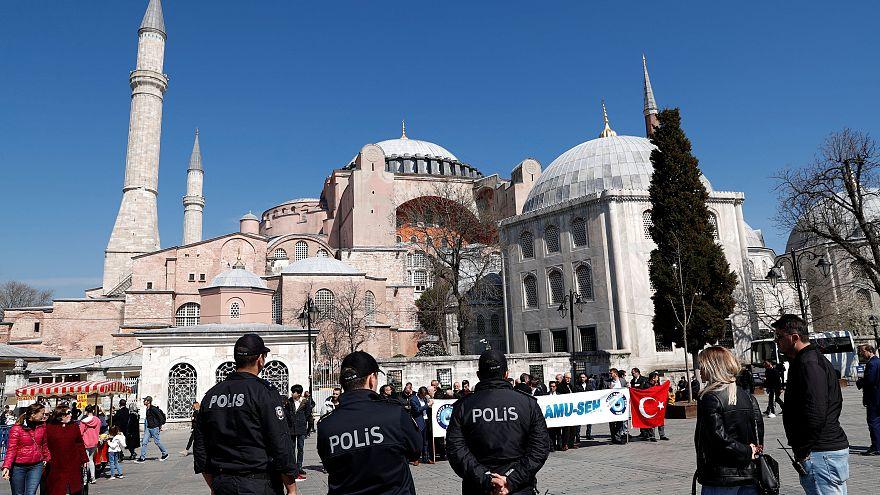 Ερντογάν: Τέμενος η Αγία Σοφία μετά τις εκλογές