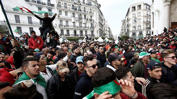 أنباء عن استقالة رئيس الاستخبارات الجزائرية بشير طرطاق