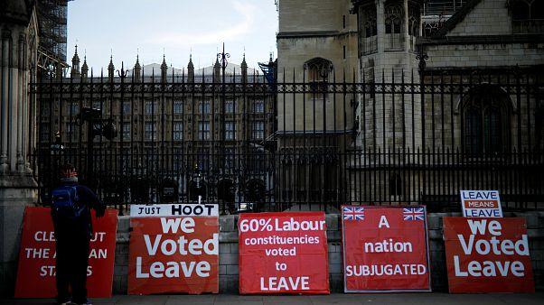 Un'alternativa per la Brexit. Le diverse ipotesi all'esame del Parlamento britannico