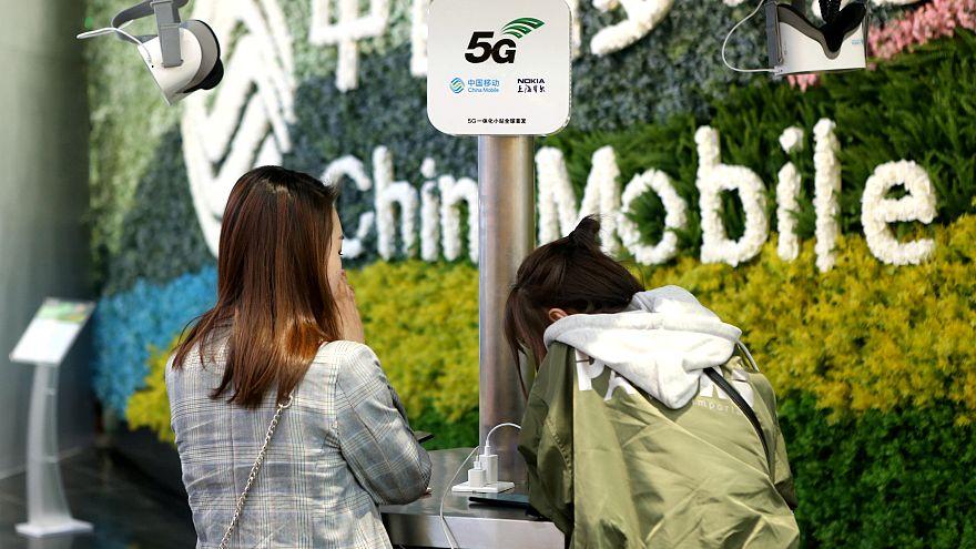 """هل ستشكل شبكات الجيل الخامس """"5 جي"""" خطورة على صحة المستخدمين؟"""