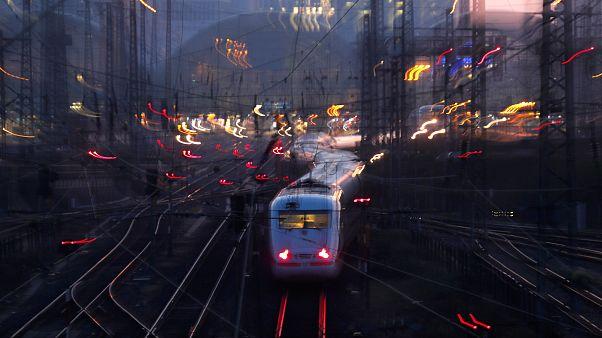 Wien: IS-Sympathisant wegen Anschlägen auf ICE-Züge festgenommen